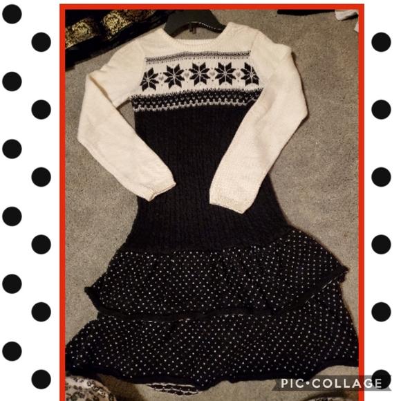 Gymboree 12 sweater dress, runs big